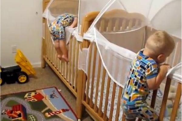 Video divertente di bambini che vanno a nanna