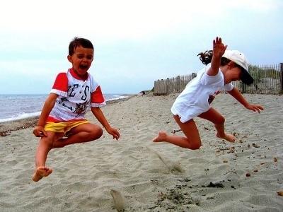 bambini-spiaggia-400.180x120