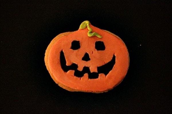 Ricette per Halloween: biscotti a forma di zucca