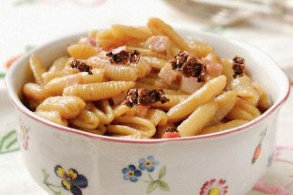 Gnocchetti sardi fatti in casa con sugo al ragù o salsiccia