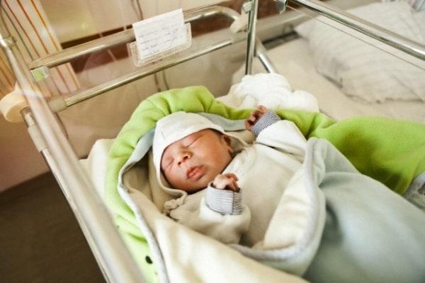 neonato-1-giorno.180x120