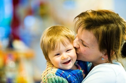 bacio-bambino.180x120