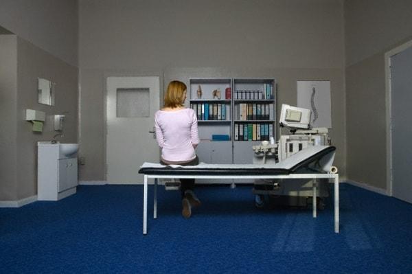 donna-lettino-ospedale.180x120