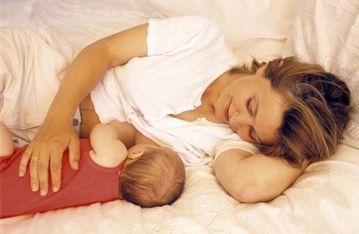 Allattamento e perdita dei capelli, l'esperienza delle mamme