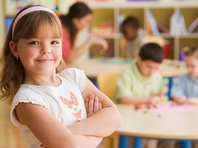 scuola-materma-bambina-400