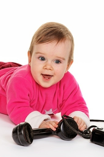bambino-telefono-linguaggio.180x120