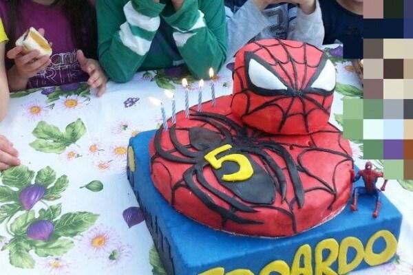 43 foto di torte di compleanno CREATIVE inviate dalle mamme