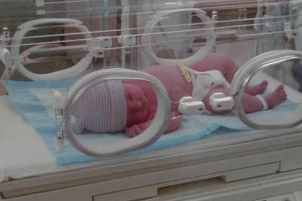 Incubatrice e bambini prematuri