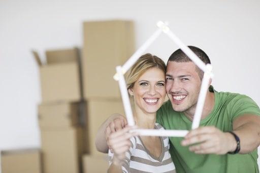 coppia-casa.180x120