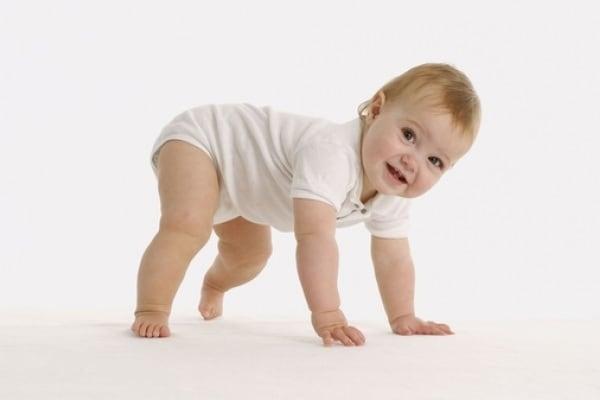 A 14 mesi non cammina. I 5 consigli delle mamme