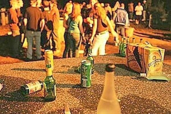 Sulle ragioni che spingono l'adolescente a bere. L'intervento dello psicologo Vito Giacalone