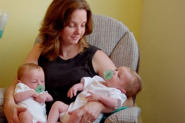 Organizzazione con due gemelli