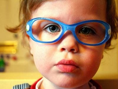 visita-ochilistica-bambini-400.180x120