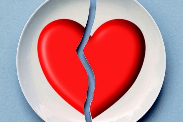 Mamma single a 18 anni: la relazione difficile con il padre di mio figlio