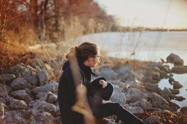 donna solitudine