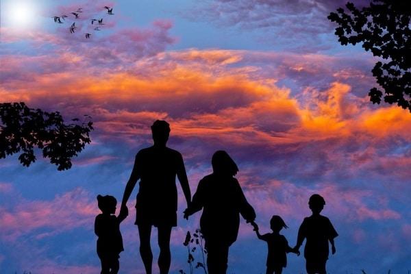 A 43 anni madre di tre figli piccoli: è dura, ma quanta gioia!
