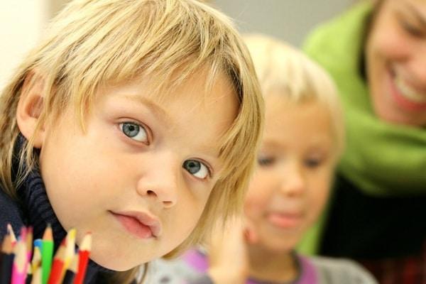 Scuola senza zaino: mio figlio ci va!