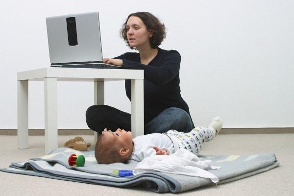 Donna con figli: sono discriminata sul lavoro per questo?