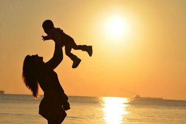 Dedicato a tutte le mamme che ogni tanto pensano alla vita prima dell'arrivo dei figli