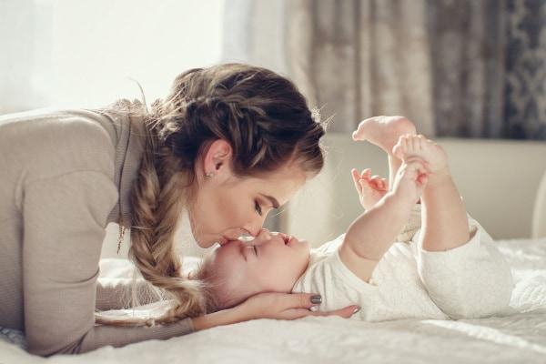 Mamma e neonata
