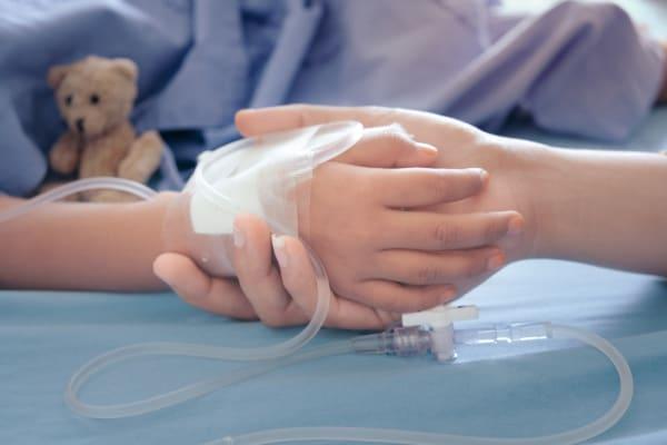 bambino in ospedale