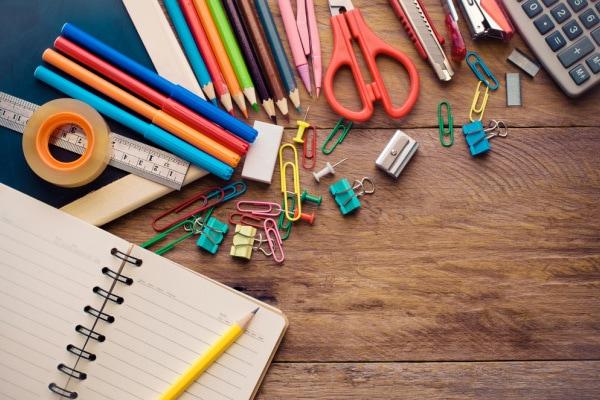 materiale per la scuola