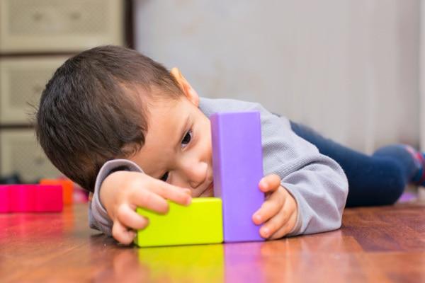 Mio figlio è autistico, ma io sono comunque una mamma felice